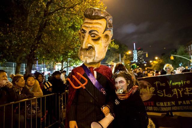 HalloweenParade2014-TodSeelie-44