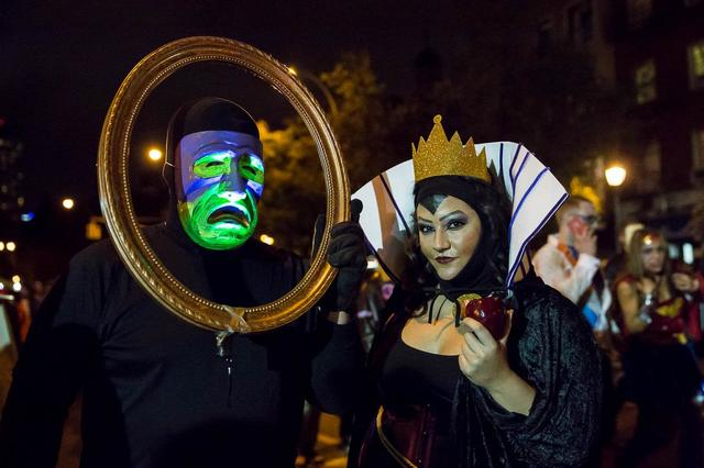 HalloweenParade2014-TodSeelie-53